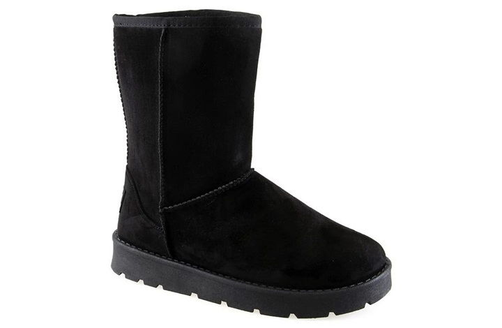Все виды женской и мужской обуви - Угги