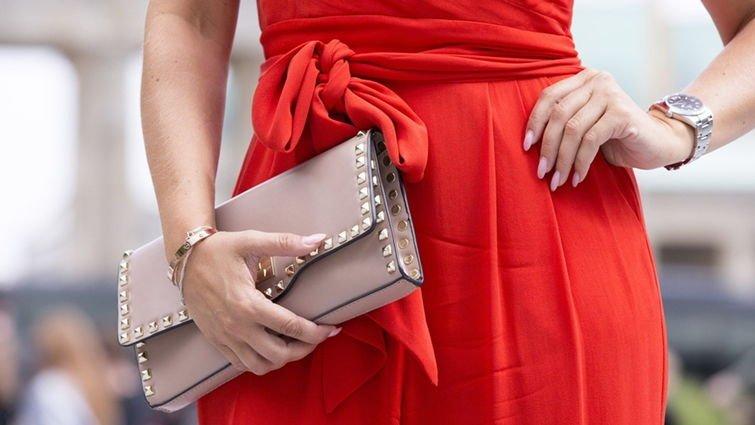 Как правильно одеваться чтобы выглядеть стройнее - фото