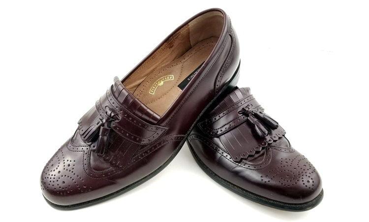 Kiltie oxford shoes