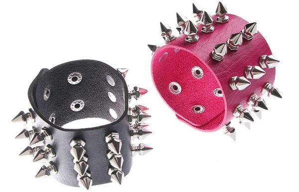 Шипованные браслеты