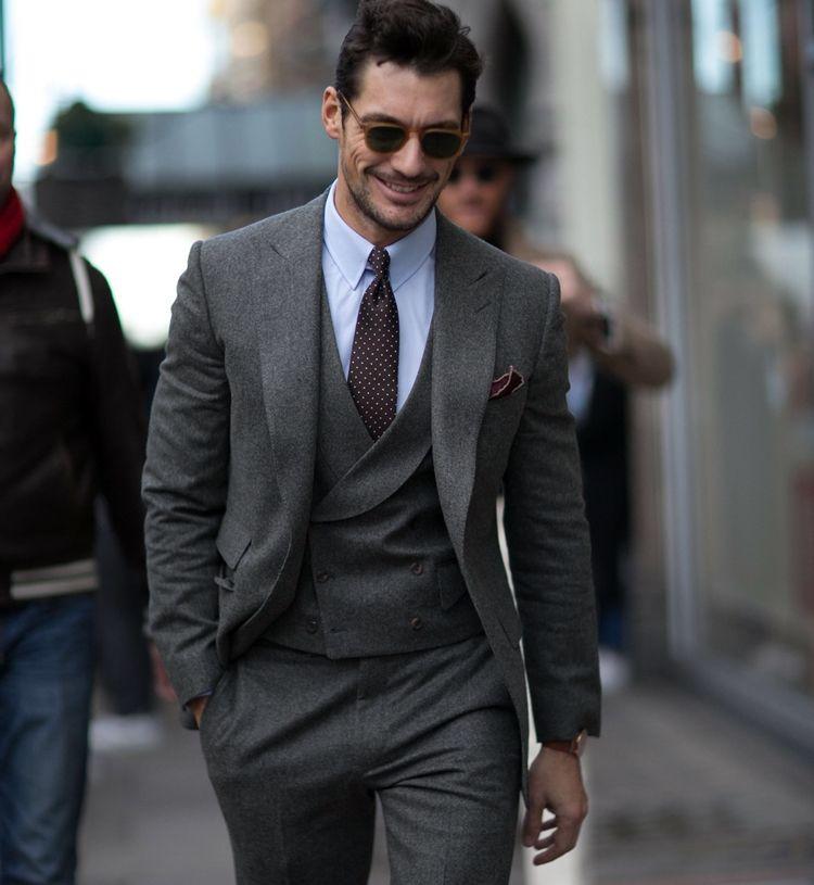 Серый твидовый пиджак