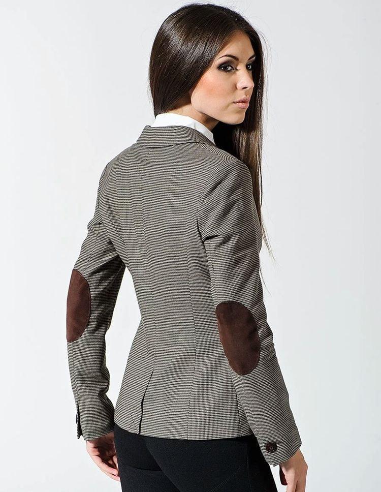 Твидовый пиджак с заплатами