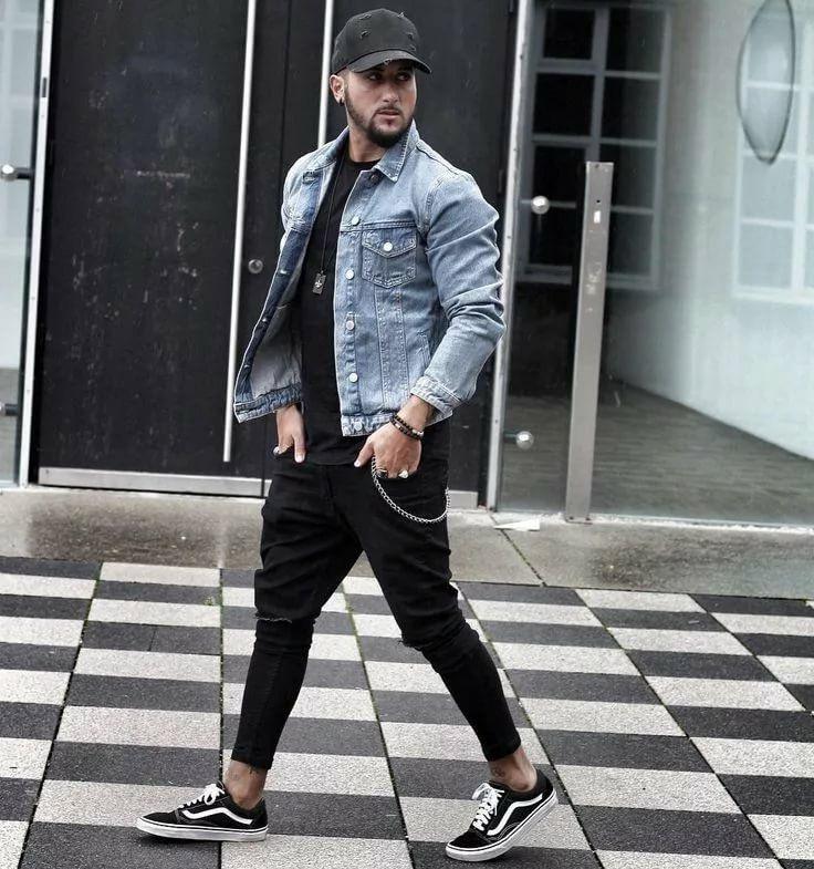 С чем носить черные джинсы-бананы мужчинам