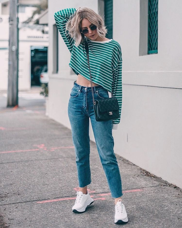 Куда носят мом джинсы