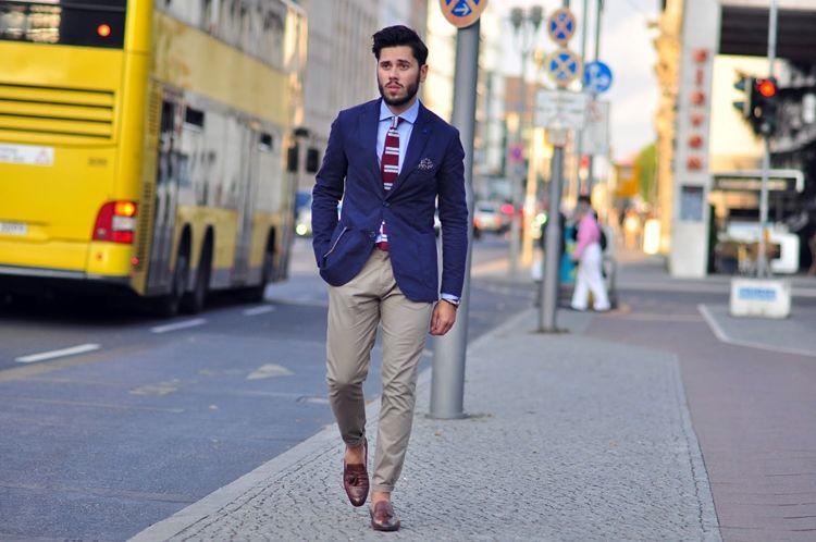 Мужские брюки чиносы - фото